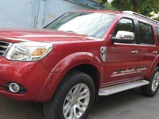 Bán Ford Everest Limited máy dầu 2.5 số tự động đời cuối 2014, màu đỏ, đẹp mới 80%