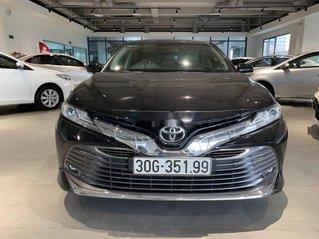 Bán Toyota Camry năm 2020, nhập khẩu còn mới