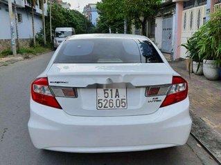 Cần bán gấp Honda Civic sản xuất năm 2013 còn mới