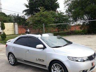 Cần bán xe Kia Forte năm 2010 còn mới