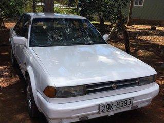 Cần bán gấp Nissan Bluebird sản xuất 1993, màu trắng, nhập khẩu nguyên chiếc, giá 48tr