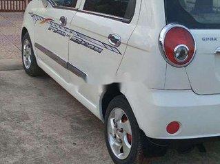 Cần bán gấp Chevrolet Spark năm 2009, màu trắng, xe nhập còn mới