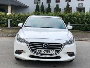 Xe Mazda 3 năm 2017, màu trắng, giá 589tr