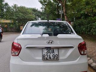 Cần bán gấp Hyundai Grand i10 đời 2015, màu trắng, xe nhập