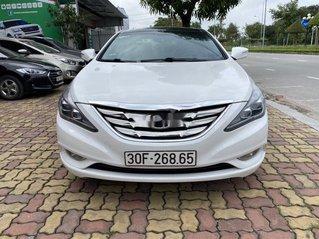 Bán Hyundai Sonata đời 2011, màu trắng, xe nhập còn mới