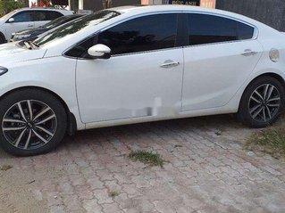 Bán ô tô Kia K3 sản xuất năm 2016, màu trắng chính chủ, giá chỉ 495 triệu