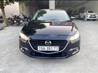 Cần bán xe Mazda 3 năm sản xuất 2018, màu đen