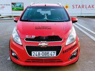 Cần bán xe Chevrolet Spark sản xuất năm 2017, màu đỏ xe gia đình