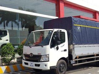 Xe tải Hino 5 tấn - Hino XZU730L thùng dài 5m6
