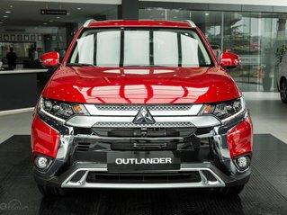 Mitsubishi Outlander giảm 100% phí trước bạ (trong tháng 11)