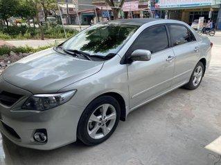 Bán xe Toyota Corolla Altis đời 2011, màu bạc
