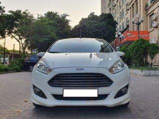 Bán Ford Fiesta 1.5L AT Sport đời 2017, màu trắng còn mới, 398 triệu