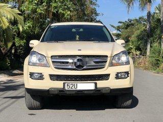 Cần bán gấp Mercedes GL450 4Matic sản xuất năm 2010, màu vàng