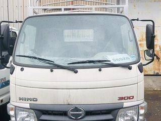 Xe tải Hino 3T5 thùng dài 4m5 nhập khẩu nguyên chiếc 150tr nhận xe