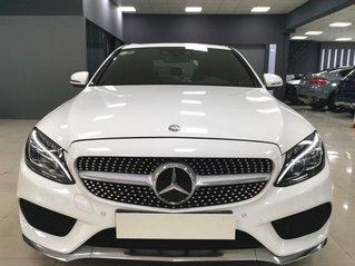Hàng hot - Mercedes Benz C300 AMG 2016, màu trắng