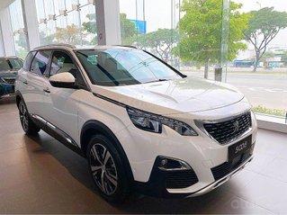 Cần bán Peugeot 5008 màu trắng, sx 2020, mới 100%