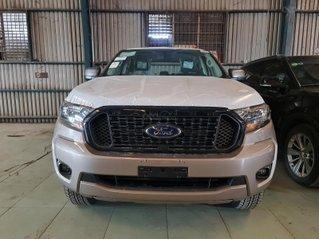 Bán Ford Ranger: Giá cực tốt, hỗ trợ ngân hàng 85%, trả trước 90 triệu nhận xe về tay