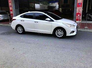 Bán Hyundai Accent sản xuất năm 2019, màu trắng còn mới giá cạnh tranh