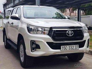 Bán xe Toyota Hilux sản xuất năm 2020, màu trắng, nhập khẩu
