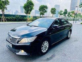 Cần bán xe Toyota Camry 2.0E, số tự động, sx 2013