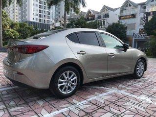 Cần bán xe Mazda 3 sản xuất 2016 màu vàng cát, giá cực tốt
