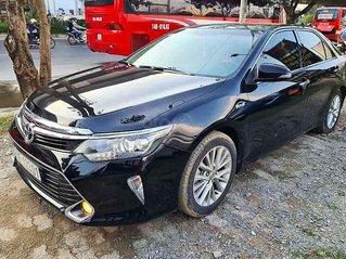 Bán Toyota Camry năm sản xuất 2018, màu đen