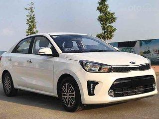 Bán ô tô Kia Soluto sản xuất năm 2020, màu trắng số sàn, giá 375tr