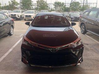 Toyota Altis 1.8G cao cấp màu đen giao ngay - khuyến mãi 2 năm bảo hiểm thân xe