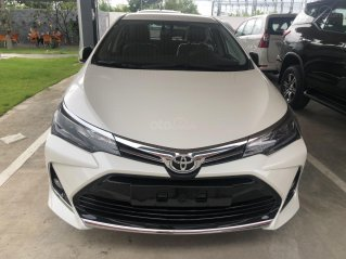 Toyota Altis 1.8G cao cấp - màu trắng ngọc trai - khuyến mãi khủng cuối năm