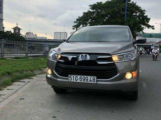 Bán xe Toyota Innova năm 2018, màu xám, xe nhập chính chủ