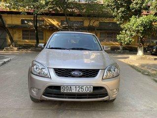 Cần bán Ford Escape 2.3 AT sản xuất năm 2013 giá cạnh tranh