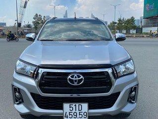Cần bán gấp Toyota Hilux năm sản xuất 2019, xe nhập