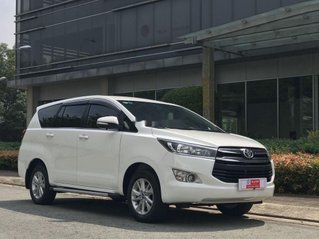Bán Toyota Innova sản xuất năm 2017, xe chính chủ còn mới
