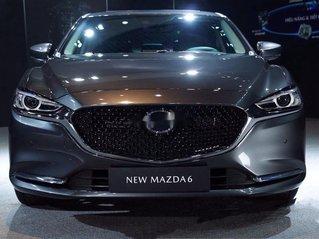Cần bán Mazda 6 2.0AT Luxury năm sản xuất 2020