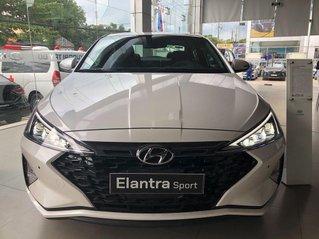 Bán xe Hyundai Elantra Sport 1.6 Turbo sản xuất năm 2020
