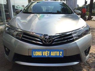 Cần bán gấp Toyota Corolla Altis đời 2015, màu bạc chính chủ, giá 568tr