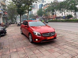 Bán xe Mercedes A200 màu đỏ, nhập khẩu nguyên chiếc từ Đức sản xuất 2013, đăng ký 2014