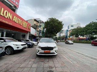 Bán xe Kia Sedona bản Full máy dầu 2.2, sản xuất cuối 2018 đăng ký 2019 màu trắng đi chuẩn 24.000km