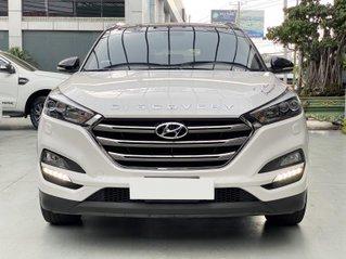 Bán xe Hyundai Tucson AT 2.2 2018 máy dầu đặc biệt biển Sài Gòn