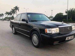 Xe Toyota Crown sản xuất năm 1993, màu đen, nhập khẩu còn mới, 165 triệu