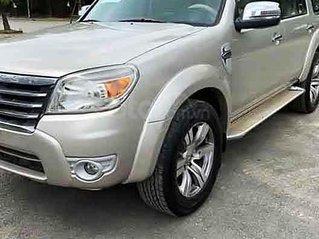 Cần bán Ford Everest năm 2009, màu hồng còn mới giá cạnh tranh