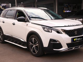 Peugeout 5008 1.6 AT sản xuất 2018