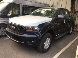 Ford Ranger XLS 2.2L 4x2 AT model 2021 tổng giảm 15 triệu, nhiều quà tặng hấp dẫn, đủ màu, giao xe ngay
