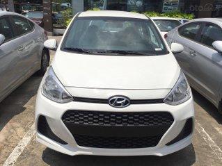 Hyundai Grand i10, giảm 50% thuế trước bạ, quà tặng hấp dẫn