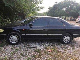 Bán Toyota Camry năm 2000, màu đen còn mới