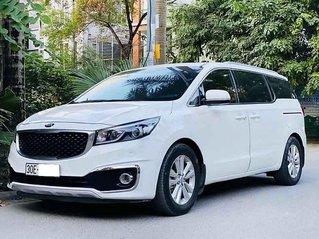 Bán ô tô Kia Sedona sản xuất năm 2017, màu trắng còn mới, giá tốt