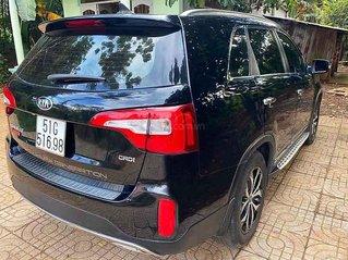Bán Kia Sorento sản xuất 2017, màu đen còn mới, 730tr