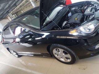 Cần bán Hyundai Avante đời 2011, màu đen, 325 triệu