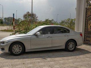 Cần bán gấp BMW 3 Series 320i đời 2015, màu bạc, xe nhập còn mới, giá tốt