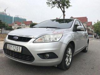 Bán ô tô Ford Focus đời 2010, màu bạc